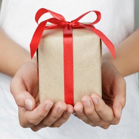 Văn hóa tặng quà cho Sếp