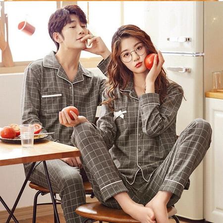 Pijama đôi thời trang làm quà cưới